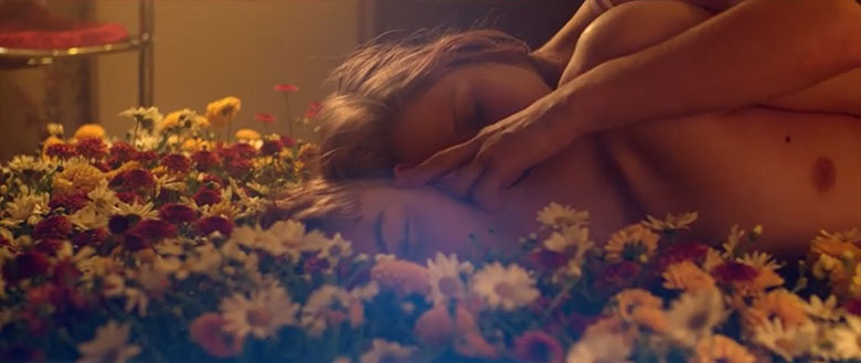 Austra - Habitat Music Video